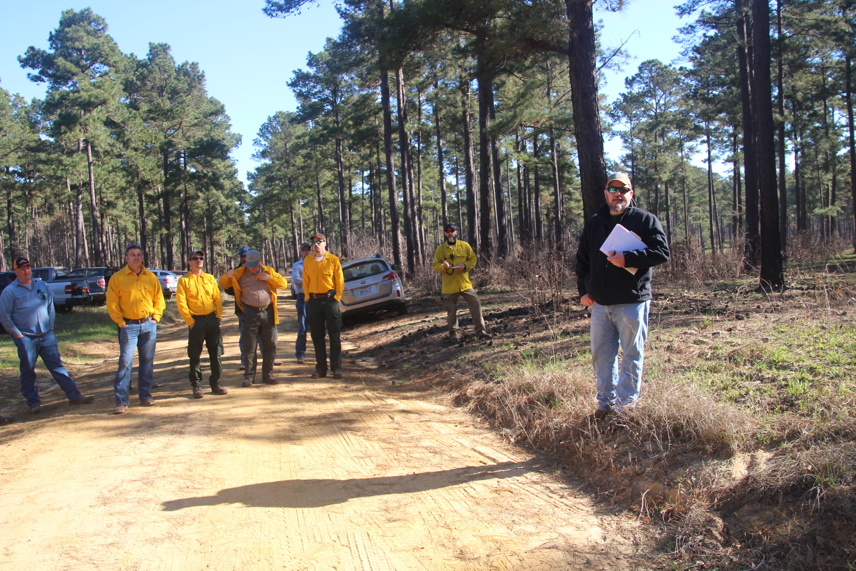 Rusty Wood%2c TPWD providing orientation for the prescribed burn demonstration.JPG (1)
